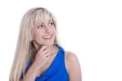 Portret van het aantrekkelijke rijpe vrouw kijken zijdelings geïsoleerde ov Stock Fotografie