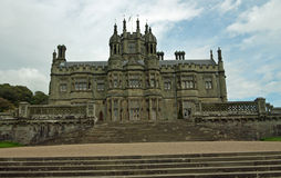 Portret van het gotische kasteel Stock Foto's