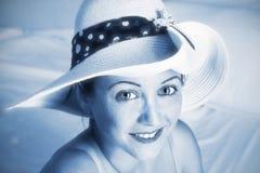 Portret van het jonge meisje in hoed Royalty-vrije Stock Fotografie