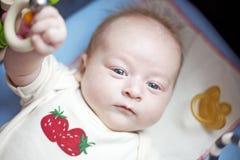 Portret van het leggen van baby Royalty-vrije Stock Foto