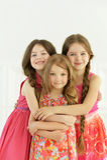 Portret van het leuke meisjes stellen Stock Fotografie