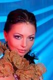 Portret van het meisje met een rode bezinning Royalty-vrije Stock Foto