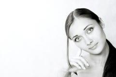 Portret van het meisje in studio Stock Foto