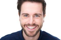 Portret van het vriendschappelijke jonge mens glimlachen Royalty-vrije Stock Afbeelding