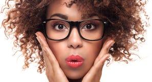 Portret van jong meisje met afro stock fotografie