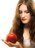 Portret van jong meisje met rode appel Royalty-vrije Stock Fotografie