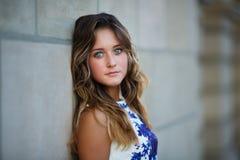 Portret van jong mooi meisje Stock Afbeelding