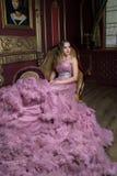 Portret van jong mooi meisje Royalty-vrije Stock Afbeeldingen