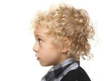 Portret van jonge blonde jongen Stock Foto