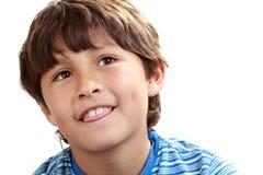 Portret van jonge jongen op witte achtergrond royalty-vrije stock afbeeldingen