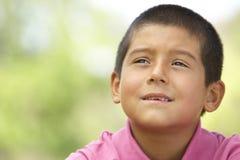 Portret van Jonge Jongen in Park Royalty-vrije Stock Foto