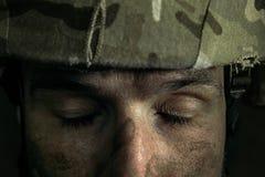 Portret van jonge mannelijke militair stock fotografie