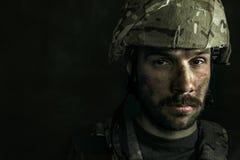 Portret van jonge mannelijke militair royalty-vrije stock afbeeldingen