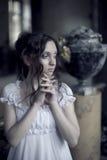 Portret van jonge mooie dame Stock Afbeeldingen