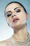 Portret van jonge vrouw. Stock Foto