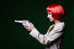 Portret van jonge vrouw in de grappige stijl van de pop-artsamenstelling Vrouwelijk w Royalty-vrije Stock Fotografie