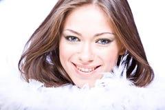 Portret van jonge vrouw met lange bruin Stock Foto's