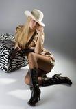 Portret van jonge vrouwelijke artistieke hipster Royalty-vrije Stock Afbeeldingen