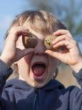 Portret van jongen met aardappels Royalty-vrije Stock Fotografie