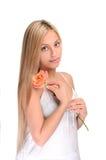 Portret van leuk meisje met bloem royalty-vrije stock fotografie