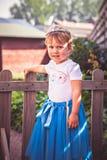 Portret van leuk meisje in tiara royalty-vrije stock afbeelding