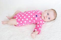 Portret van leuke 2 van het babymaanden meisje Royalty-vrije Stock Foto