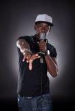Portret van mannelijke hiphopzanger Royalty-vrije Stock Afbeelding