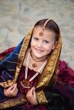 Portret van meisje in traditionele Indische Sari stock afbeelding