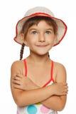 Portret van meisje in zwempak dat omhoog eruit ziet stock foto