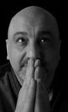 Portret van mens het bidden Royalty-vrije Stock Foto's