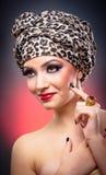 Portret van mooi meisje met tulband Stock Fotografie