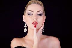 Portret van mooi meisje van blonde Royalty-vrije Stock Afbeelding