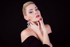 Portret van mooi meisje van blonde Stock Foto's
