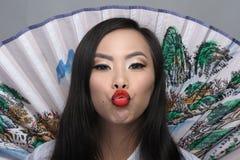 Portret van mooie jonge Aziatische vrouw stock foto