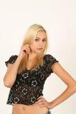 Portret van mooie jonge blonde vrouw Stock Afbeelding