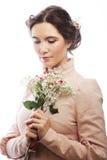 Portret van mooie jonge bruid in roze kleding Royalty-vrije Stock Afbeeldingen