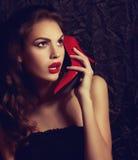 Portret van mooie jonge vrouw met make-up stock fotografie