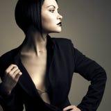 Portret van mooie modieuze dame Stock Afbeeldingen
