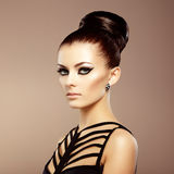 Portret van mooie sensuele vrouw met elegant kapsel.  Per Royalty-vrije Stock Foto's