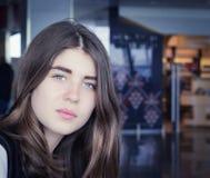 Portret van mooie tiener dichte omhooggaand Stock Afbeelding