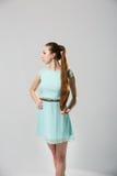 Portret van mooie vrouw met het perfecte lange glanzende blonde schot van de haarstudio Royalty-vrije Stock Afbeelding