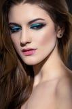 Portret van mooie vrouw met make-up stock foto