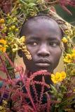 Portret van niet geïdentificeerde Surmi-vrouw stock foto