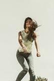 Portret van onbezorgd tienermeisje openlucht Stock Foto's