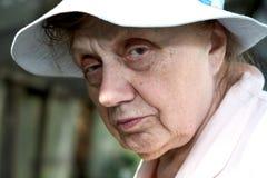 Portret van oude vrouwen dichte omhooggaand Royalty-vrije Stock Foto