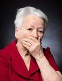 Portret van peinzende oude vrouw Royalty-vrije Stock Afbeelding