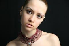 Portret van schoonheidsmeisje. Royalty-vrije Stock Afbeelding