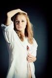 Portret van sexy jonge vrouw Stock Foto