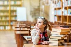 Portret van studentenmeisje stock fotografie