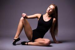 Portret van tederheid, gunst, melodie en plastiek van gymnastiek- meisje royalty-vrije stock foto